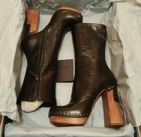 Prada Runway!! Awesome platform boots.