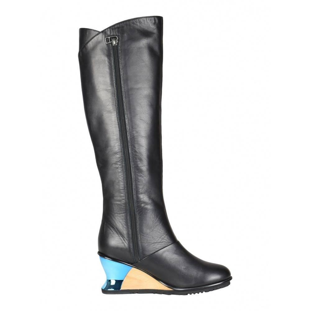 Issey Miyake Metallic and color boot