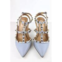Valentino rock studs in powder blue Angle4