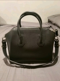 Givenchy Antigona Medium Black Goatskin Handbag Angle2