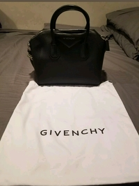 Givenchy Antigona Medium Black Goatskin Handbag Angle9