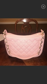 Chanel shoulder Bag Angle3
