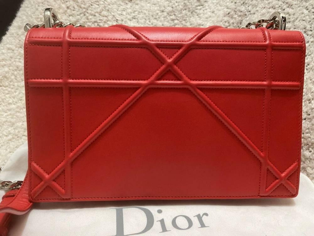 Red Diorama Shoulder Chain bag