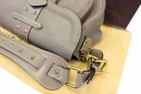 Louis Vuitton verone Confidant bag Angle3
