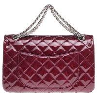 2.55 handbag in burgundy patent leather Angle2