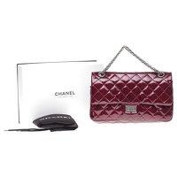 2.55 handbag in burgundy patent leather Angle10
