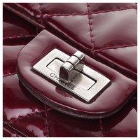2.55 handbag in burgundy patent leather Angle12
