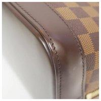 Louis Vuitton Damier Alma Angle3