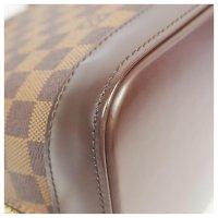 Louis Vuitton Damier Alma Angle4