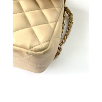 Classic Flap Bag Leather in Beige Angle4