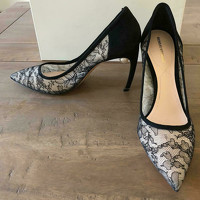 Nicholas Kirkwood Pumps/Peeptoes in Black