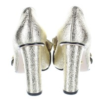 Gucci Gold Leather Heels Angle4
