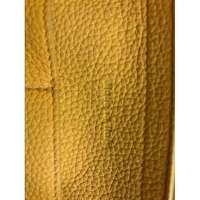 Céline Yellow leather Tri-Fold Angle7